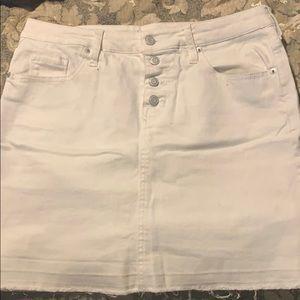 Modsimo white jean skirt